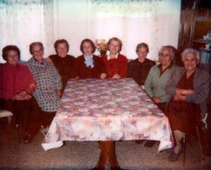 Reunión de mujeres empoderadas